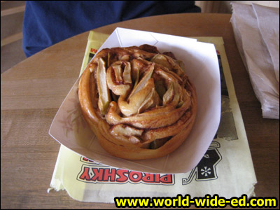 Apple Cinnamon Roll