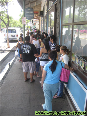 Line Outside Pho To-Chau