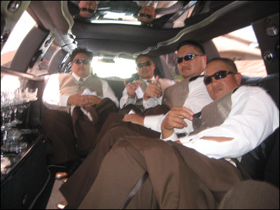 Glenn, Ala, Tommy and Romeo mad pimpin' in the limo ride to Koolau.