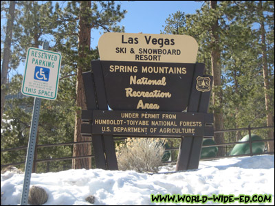 Las Vegas Ski & Snowboard Resort Sign