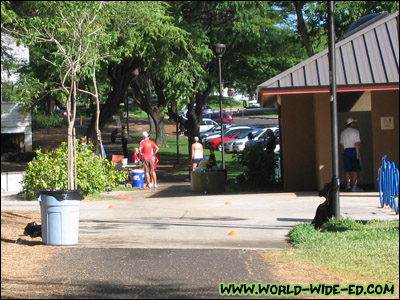 Leaving the first of 3 aid stations at Kapiolani Community College (the 2nd was at the beginning of Elepaio St and the 3rd was at Triangle Park)