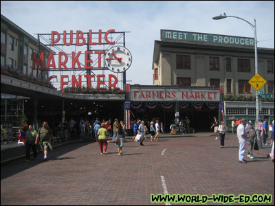 Famous Pike Place Market sign