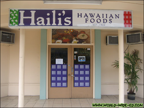 Haili's Hawaiian Foods sign