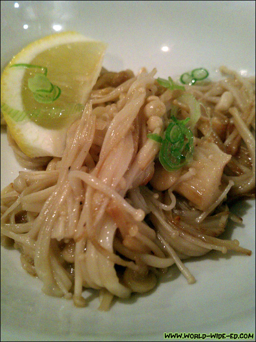 Enoki Bata (Enoki mushrooms sautéed in butter)