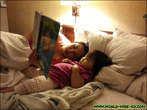 Bedtime stories with momma and bebe