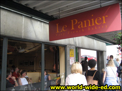 Le Panier Very French Bakery