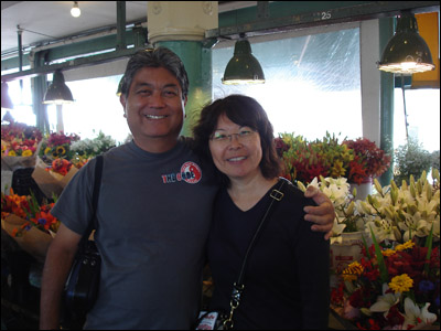 Uncle Norman and Aunty Andi at Pike's [Photo credit: Mom Kojima]