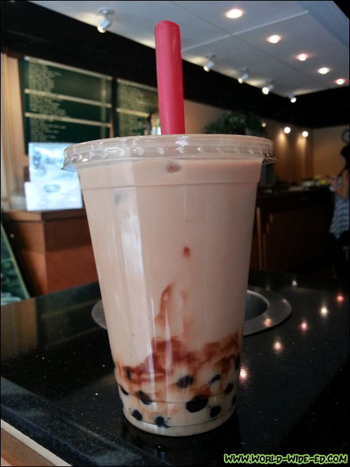 Chocolate Milk Tea with Tapioka Pearls